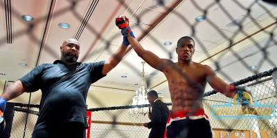 Omar Smith defeats opponent in first round at BOMAC II